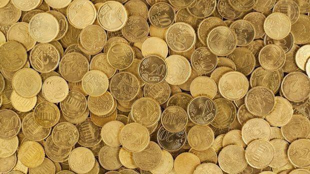 Der neue Euro bildet die Währungsgrundlage der EU, aber nicht in allen Ländern.