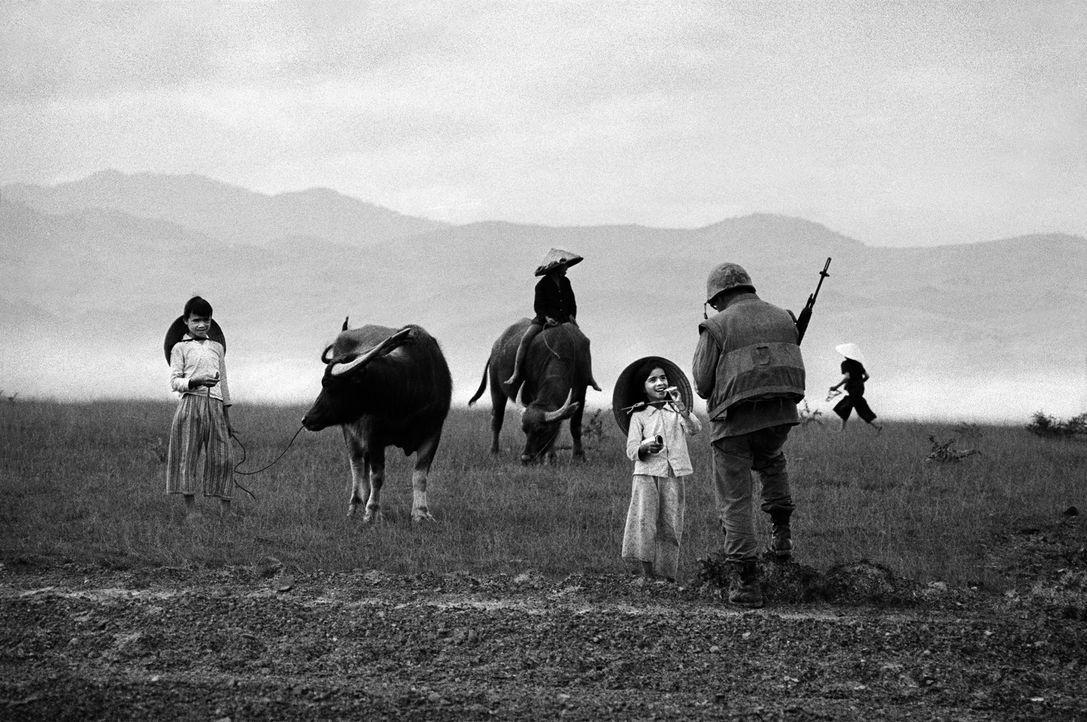Die Dokumentation gibt einen faszinierenden Einblick in das Leben und Vermächtnis des Fotografen Philip Jones Griffiths, dessen mächtige Bilder heut... - Bildquelle: Philip Jones Griffiths/ Magnum Photos