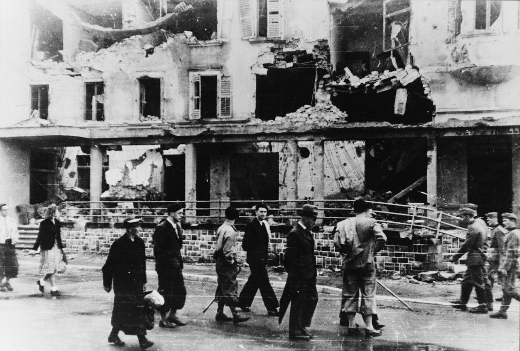 Mondorf, Luxemburg: In nur drei Tagen stürmte Hitlers Wehrmacht im Mai 1940 durch Luxemburg und Belgien und rückte Richtung Kanalküste vor. Die Fran... - Bildquelle: Library of Congress