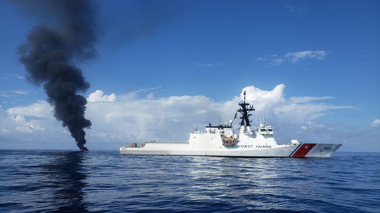Die Doku-Reihe begleitet die Crew der US-Küstenwache bei ihrer Arbeit. Tag f... - Bildquelle: Licensed by Cineflix International Media Limited