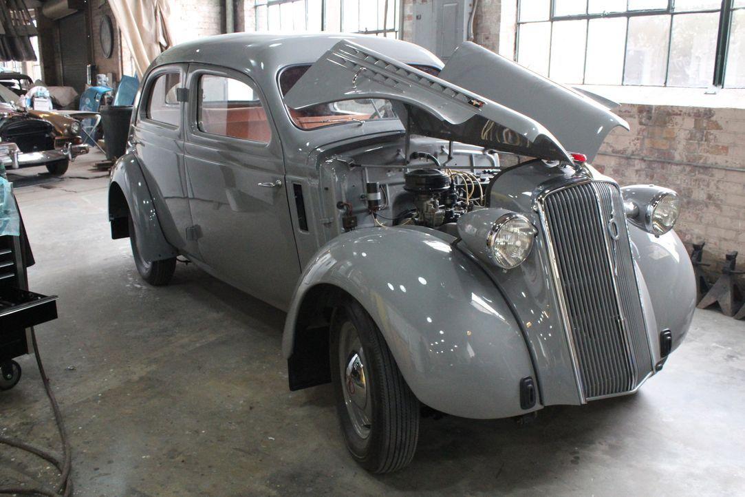 Große Aufgabe für die Werkstattprofis: Ein Kunde hofft hingegen, dass die Jungs von Fantomworks seinen 1937er Volvo wieder messetauglich macht. - Bildquelle: New Dominion Pictures LLC.