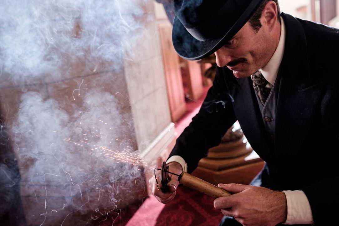 Der Experte Tom Tunney (Craig McCarthy) entdeckt, dass ein Kartell deutscher Spione während des Ersten Weltkrieges im New Yorker Hafen immer wieder... - Bildquelle: Darren Goldstein Cineflix 2015