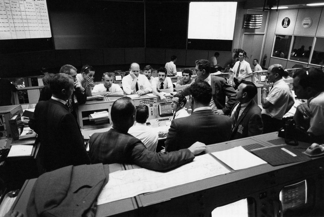 Mit spektakulären NASA-Material, exklusiven Interviews und atemberaubenden Aufnahmen erforscht diese Doku dreizehn bemerkenswerte Faktoren, die die... - Bildquelle: Nasa