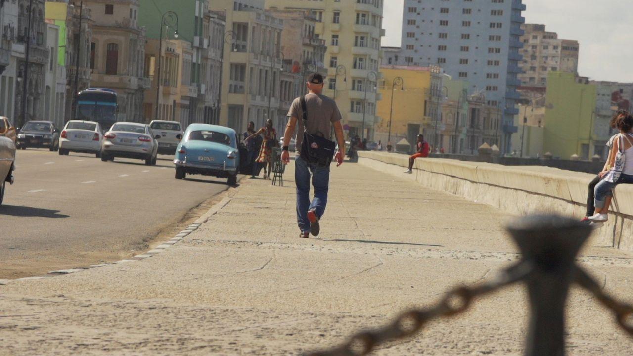 Die Zeit ist reif für einen Besuch auf Kuba: Todd Carmichael ... - Bildquelle: 2015, The Travel Channel, L.L.C. All Rights Reserved.