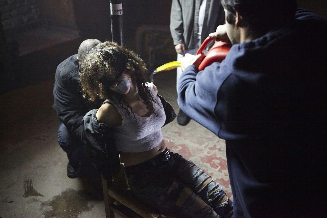 Als die hübsche Studentin Kim (Leah Doz) nach einer Party spurlos verschwindet, gibt ihr wohlhabender Vater sofort eine Vermisstenanzeige auf. Die P... - Bildquelle: Ian Watson Cineflix 2010