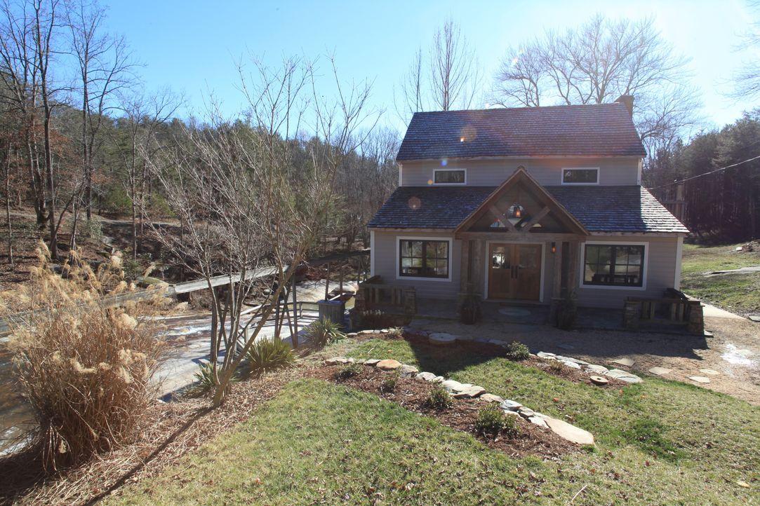 Einige unserer verrückten Häuser erzählen interessante Geschichten aus der V... - Bildquelle: 2013, HGTV/Scripps Networks, LLC. All Rights Reserved.