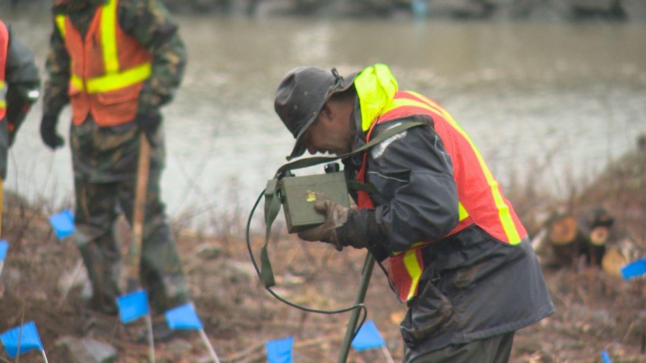 Fast ein Jahrhundert lang war Kanada ein Trainingscamp für die Streitkräfte vieler Länder. Bomben, Raketen, Granaten, Munition und Minen wurden in a... - Bildquelle: 2012 PIXCOM PRODUCTIONS INC.