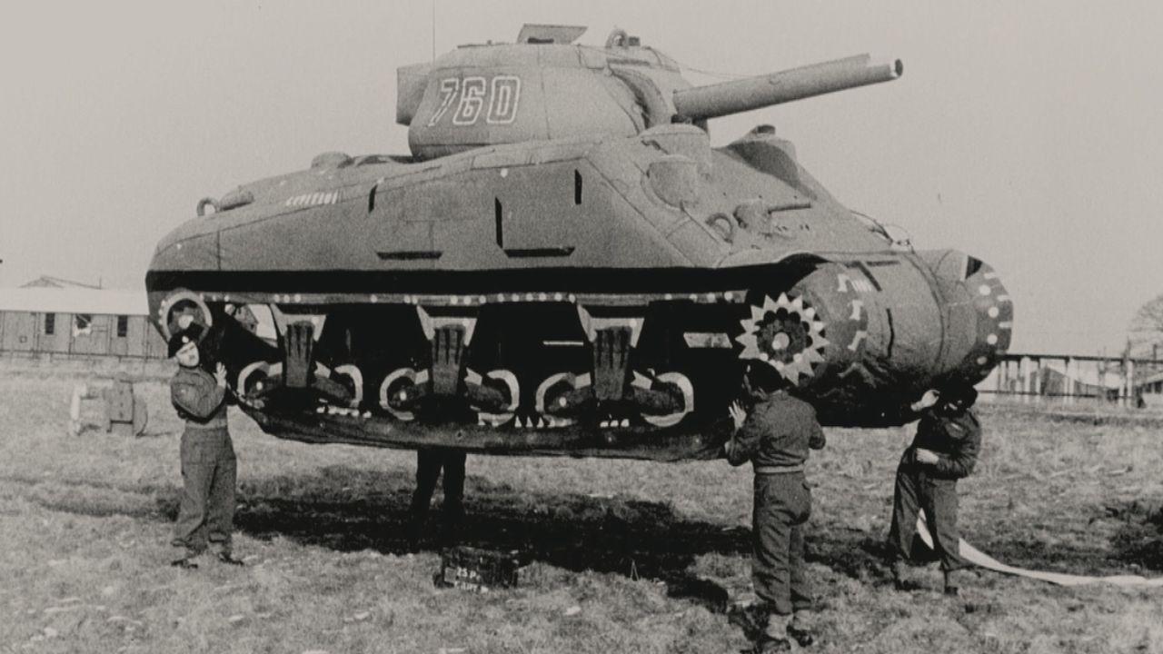 Um die Nazis zu überlisten und die Deutschen endgültig von ihrer Herrschaft zu befreien, schickten die Alliierten 1944 eine Geisterarmee nach Frankr... - Bildquelle: Vivendi Content and Lets Pix Productions