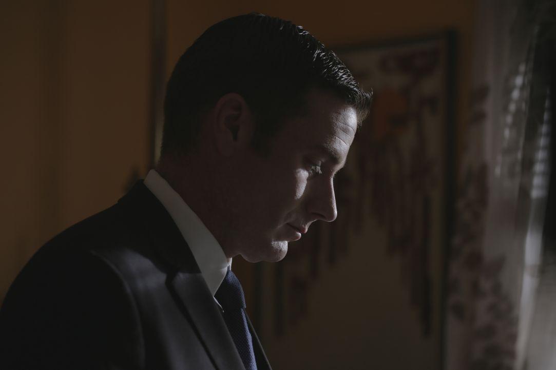 Zwei schwierige Fälle auf einmal beschäftigen Ermittler Lt Joe Kenda (Carl Marino) Tag und Nacht ... - Bildquelle: Jupiter Entertainment