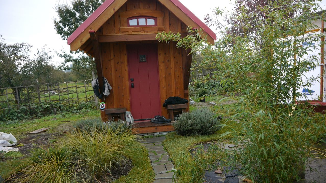Die Rockin' Roller, ein Familiensprinter und ein winziges Häuschen auf Rädern - Bildquelle: 2012, The Travel Channel, L.L.C. All Rights Reserved.
