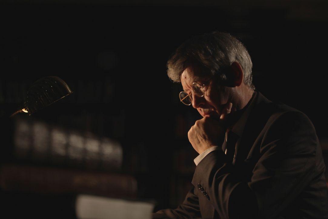 Der wahre Berg Gottes? Sir Colin Humphrey (Foto) glaubt, dass der biblische Berg Sinai ein Vulkan war, der den Israeliten bei Tag durch eine Rauchsä... - Bildquelle: Eleanor Scaglioni WMR / Eleanor Scaglioni