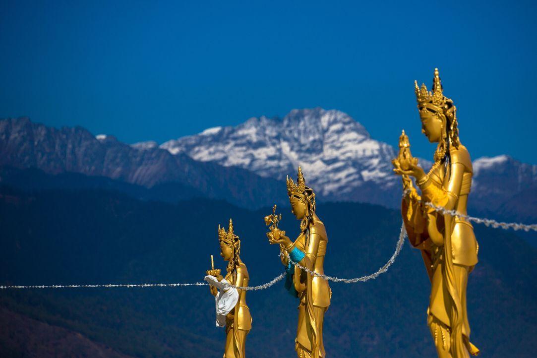 Das kleine Königreich Bhutan im Himalaya ist das Zuhause der glücklichsten Menschen der Welt. Bill Weir reist dorthin, um herauszufinden, wie lange... - Bildquelle: Bill Weir 2016 Cable News Network. A Time Warner Company. All Rights Reserved.