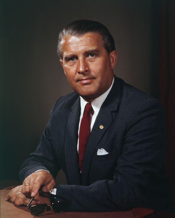 """Raketenkonstrukteur Wernher von Braun baute Hitlers Wunderwaffe """"V2"""" und brachte nach dem Zweiten Weltkrieg die US-Astronauten ins All."""