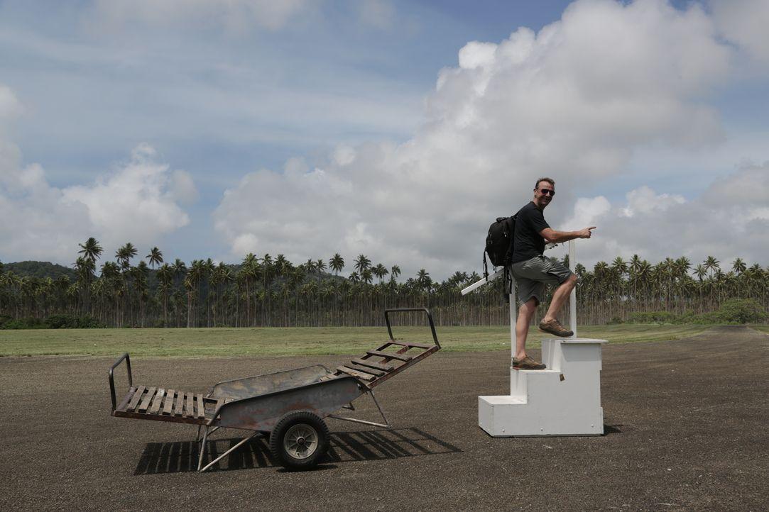 Vanuatu ist eine pazifische Inselgruppe, vor deren Küste das sehr gut erhaltene Wrack der im zweiten Weltkrieg gesunkenen Coolidge liegt. Doch Tom W... - Bildquelle: 2013 deMENSEN