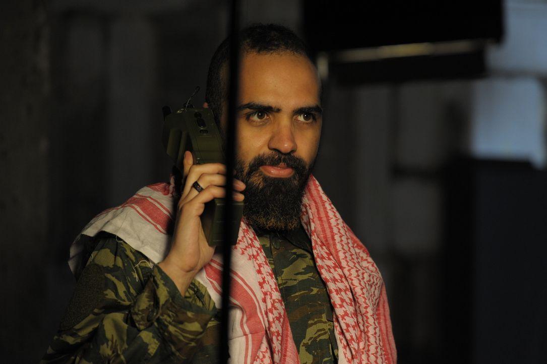 Bei ihren Ermittlungen zu einem Attentat auf den Zerstörer USS Cole im Hafen von Aden, Jemen, stößt die CIA auf einen engen Vertrauten von Osama Bin... - Bildquelle: WMR