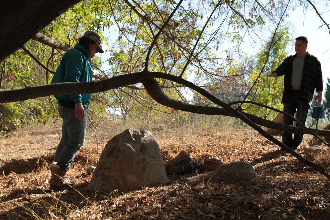 Gruseliger Fund: Eine mumifizierte Leiche wird in einem verlassenen Steinbruch im ländlichen Illinois im Winter 1985 gefunden. Die Behörden versuche... - Bildquelle: LMNO Cable Group