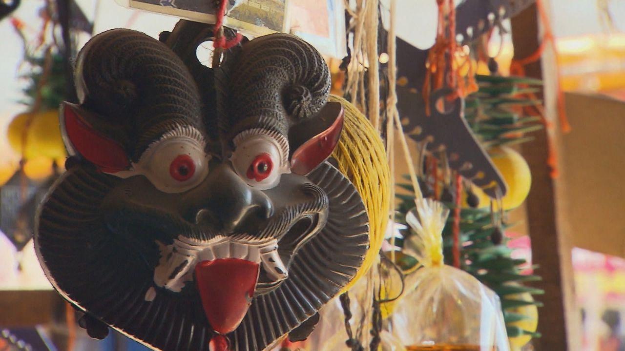 """In Indien gibt es einige verrückte Dörfer. """"ENTDECKT! GEHEIMNISVOLLE ORTE"""" schaut ganz genau hin ... - Bildquelle: kabel eins Doku"""