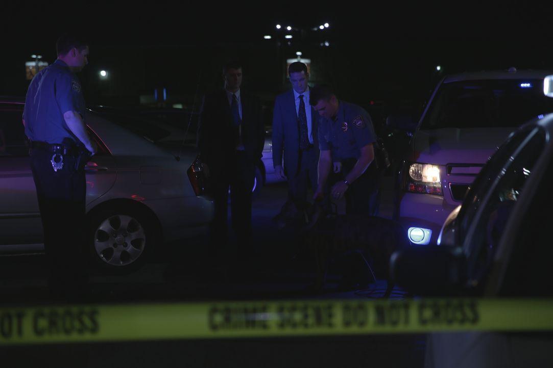 Die Polizei findet auf einem Parkplatz die Leiche von Army-Veteran Brandon Pensa. Sein Oberkörper ist übersät mit unzähligen Messerstichen. Lieutena... - Bildquelle: MMXV DISCOVERY COMMUNICATIONS, LLC