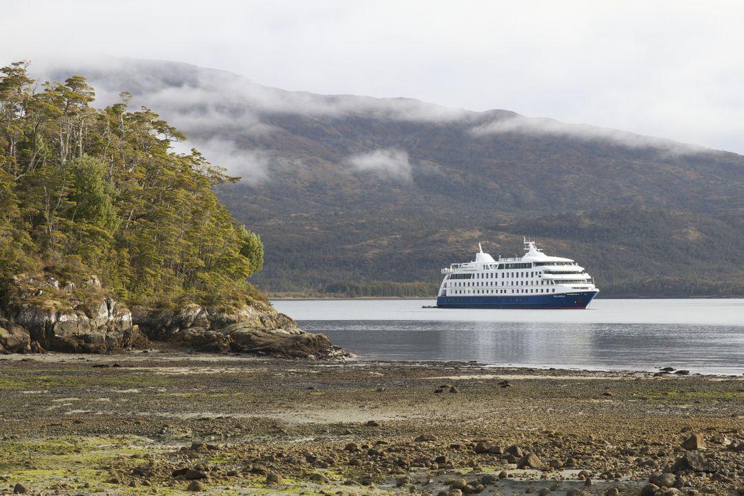 Mit dem Luxuskreuzfahrtschiff durch Patagonien: Mit der Stella Atlantis wurde ein Schiff gebaut, um durch die enge Korridore und wilde Küste Patagon... - Bildquelle: Exploration Production Inc.