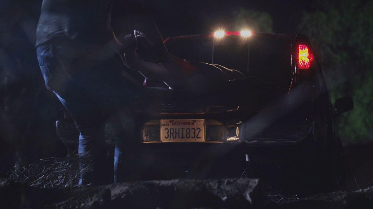 Jean Schwartz` Bett ist von Blut getränkt, doch ihre Leiche wurde einige Meilen von ihrem Haus entfernt gefunden ... - Bildquelle: LMNO Cable Gr