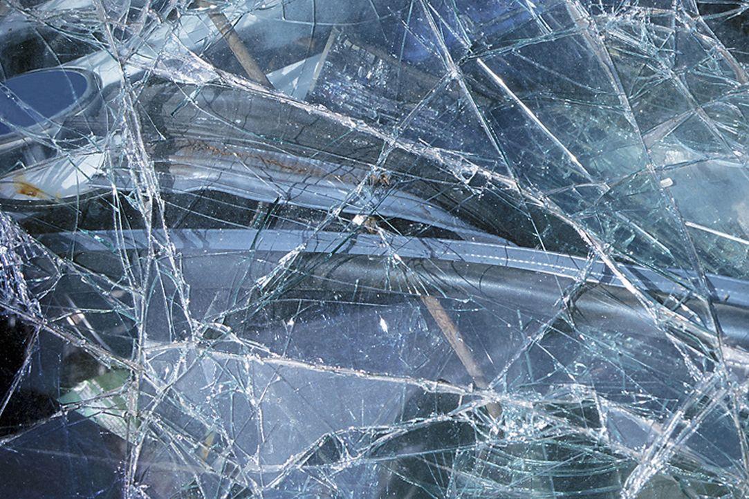 """Ob Auto, Panzerglas oder Tresor alles hat seine Leistungsgrenze. In """"Moderne Wunder"""" werden Belastungstests von Fahrzeugen und Sicherheitsbehältern... - Bildquelle: Courtesy Actuality Productions"""