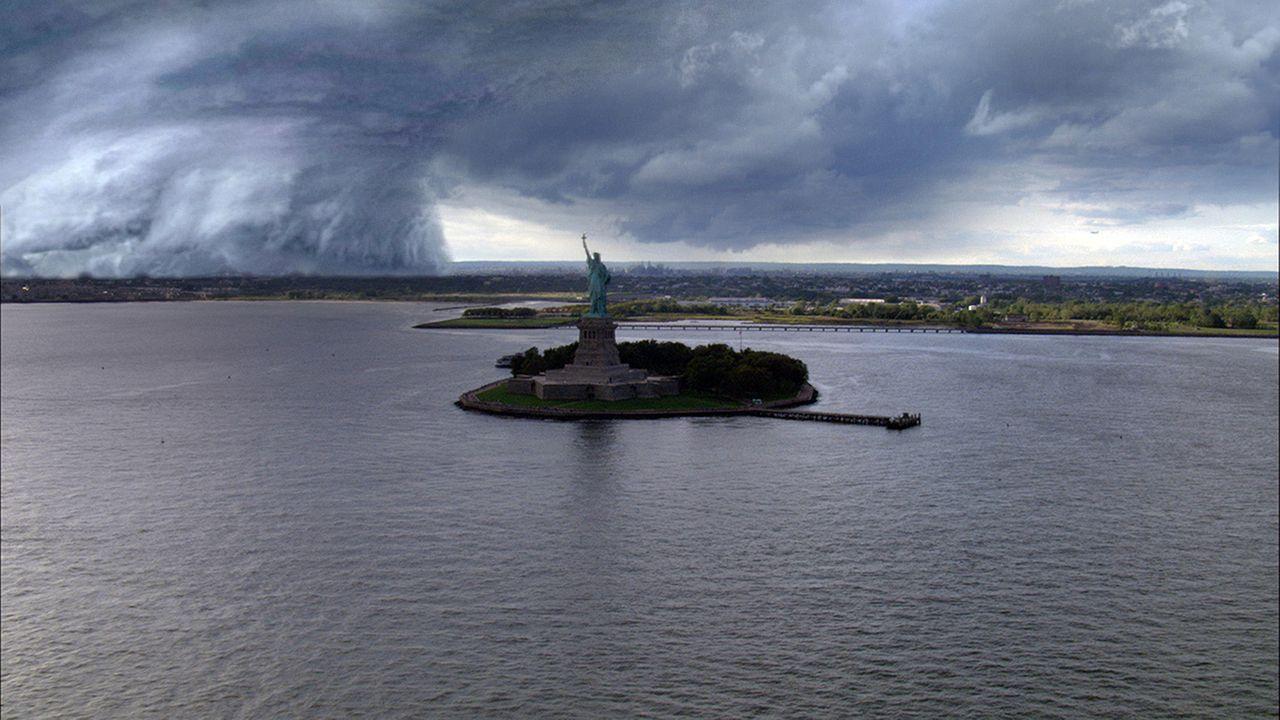 Der Jahrhundert-Hurrikan Grace nähert sich New York ... - Bildquelle: BBC