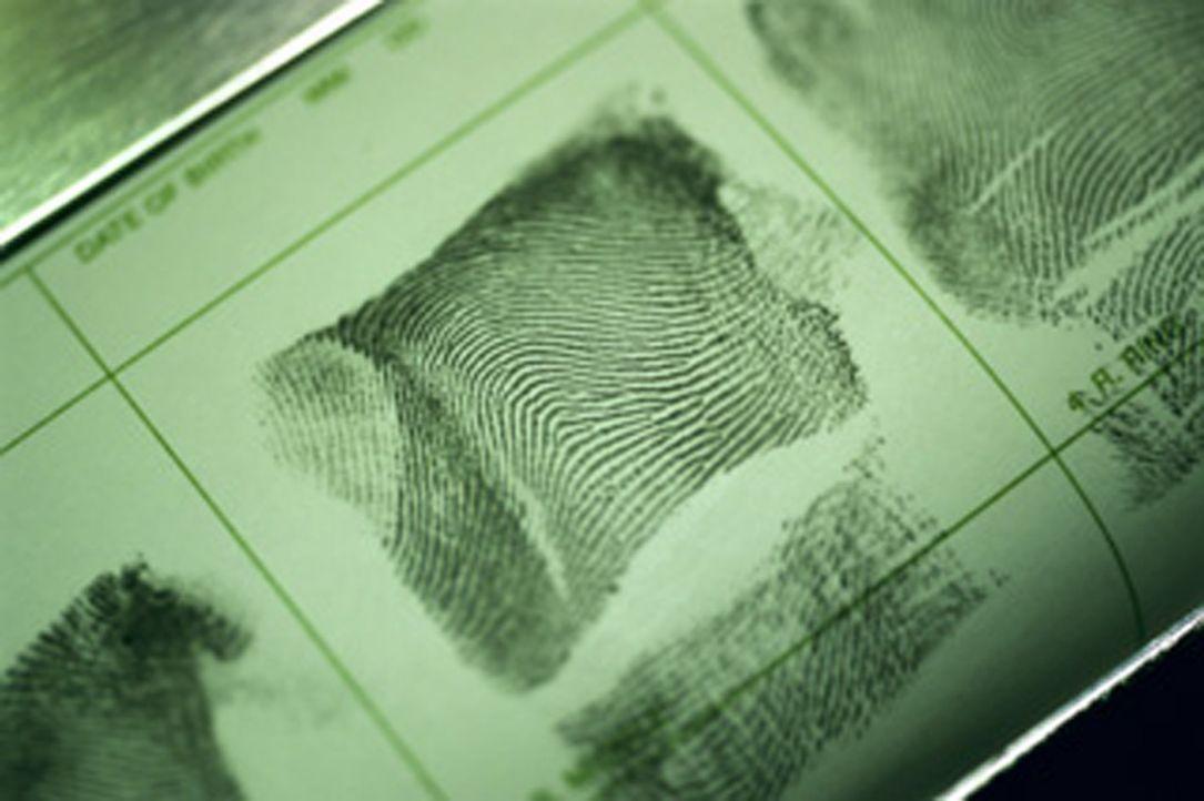 In den Archiven amerikanischer Police Departments lagern Zehntausende von Akten, die von Mord und schweren Gewaltverbrechen berichten. Hier finden d... - Bildquelle: kabel eins