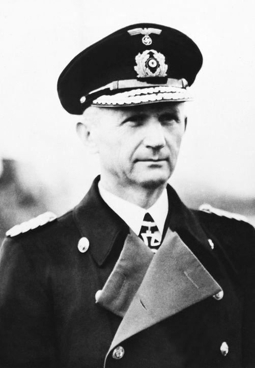 Admiral Karl Dönitz wurde in Hitlers politischem Testament vom 29. April 1945 zu dessen Nachfolger als Reichspräsident und als Oberbefehlshaber der... - Bildquelle: KEYSTONE FRANCE