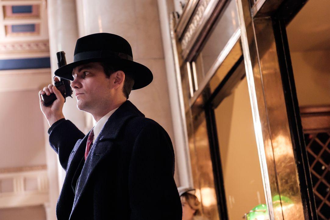 Bankräuber John Dilinger (Patrick McFadden) und viele weitere Ganoven machen zur Zeit der Großen Depression den Mittleren Westen zu einem unsicheren... - Bildquelle: Darren Goldstein Cineflix 2015