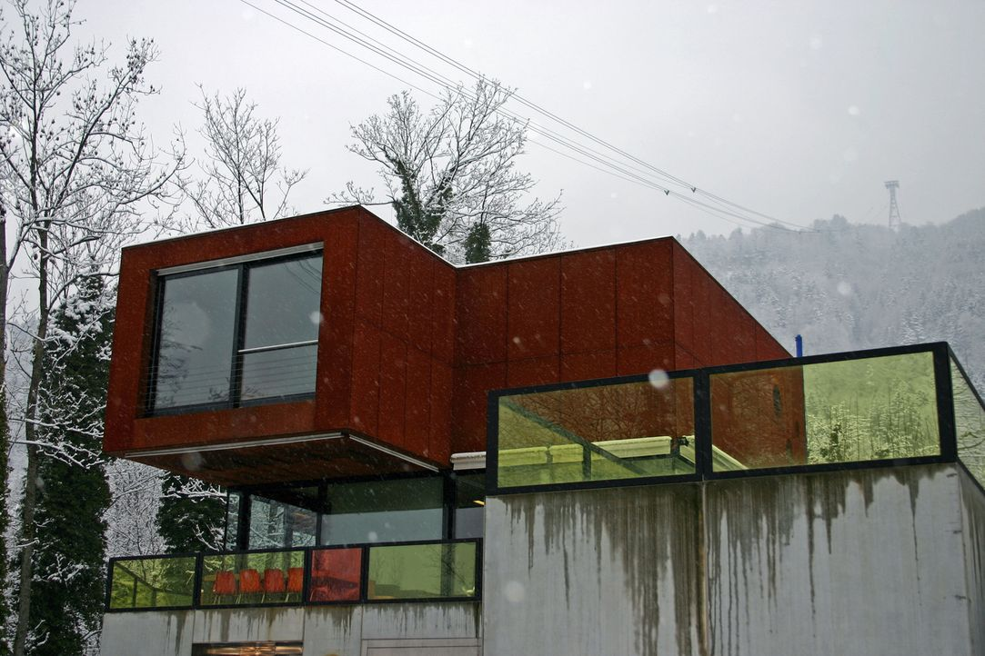 In einem Haus in Brasilien steht die Welt Kopf; in Spanien wohnt es sich seh... - Bildquelle: 2012, HGTV/Scripps Networks, LLC. All Rights Reserved