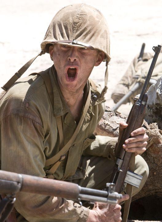 """Als klar wird, dass die Japaner bis zum letzten Mann kämpfen werden, ziehen Lt. Edward """"Hillbilly"""" Jones (Leon Ford) und seine Kameraden auf Peleliu... - Bildquelle: Home Box Office Inc. All Rights Reserved."""