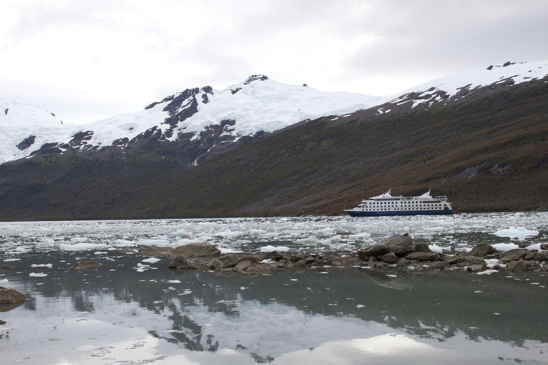 Mit dem Luxuskreuzschiff durch Patagonien: Die Stella Australis wurde 2010 erbaut. Sie hat 210 Kabinen, in denen 219 Passagiere Platz finden. - Bildquelle: Exploration Production Inc.