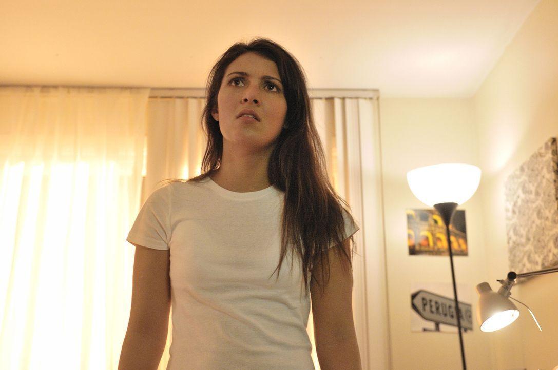 Meredith (Simona Kercher), eine britische Austauschschülerin, wurde in Perugia grausam ermordet - wer könnte die hübsche Britin auf dem Gewissen hab... - Bildquelle: Ben Mark Holzberg Cineflix 2010