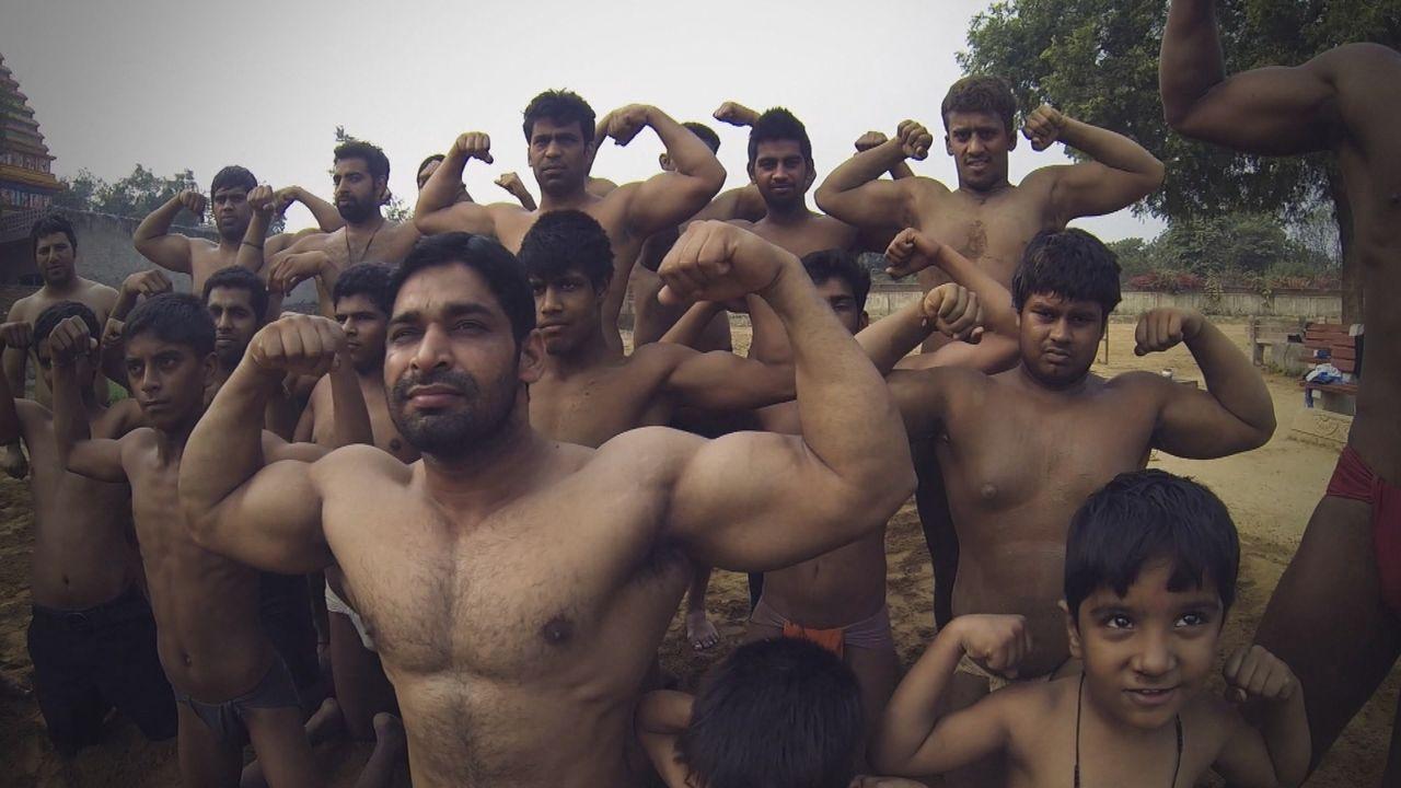 """""""ENTDECKT! GEHEIMNISVOLLE ORTE"""" stattet den verrücktesten Orten Indiens einen Besuch ab ... - Bildquelle: kabel eins Doku"""