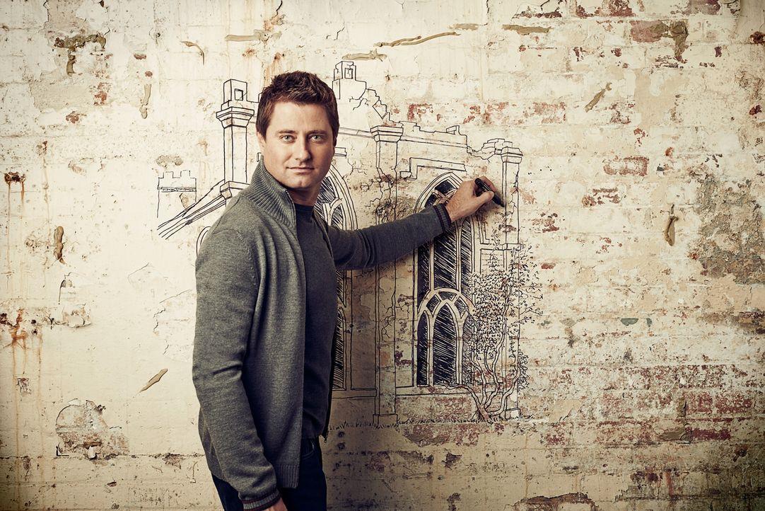 """Architekt Georg Clarke baut in """"Restoration Man - Retter der Ruinen"""" aus einem ausgedienten Wasserturm, einer verfallenen Kirche oder aber auch aus... - Bildquelle: 2014 Cable News Network, Inc. A TimeWarner Company All rights reserved."""