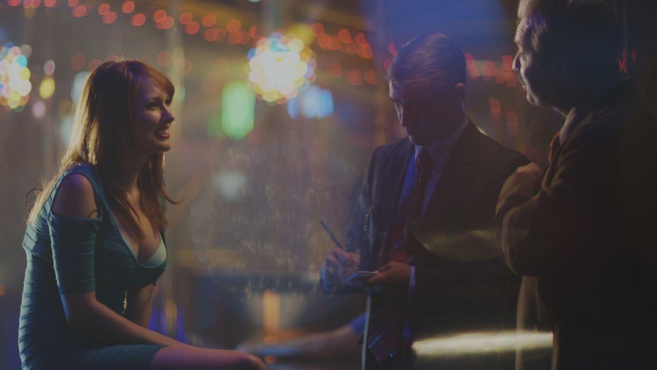 Nach dem Mord an dem 37-jährigen David Stevens befragen die Ermittler die Tänzerinnen in einem Stripclub, den das Opfer regelmäßig besuchte. Können... - Bildquelle: LMNO Cable Group