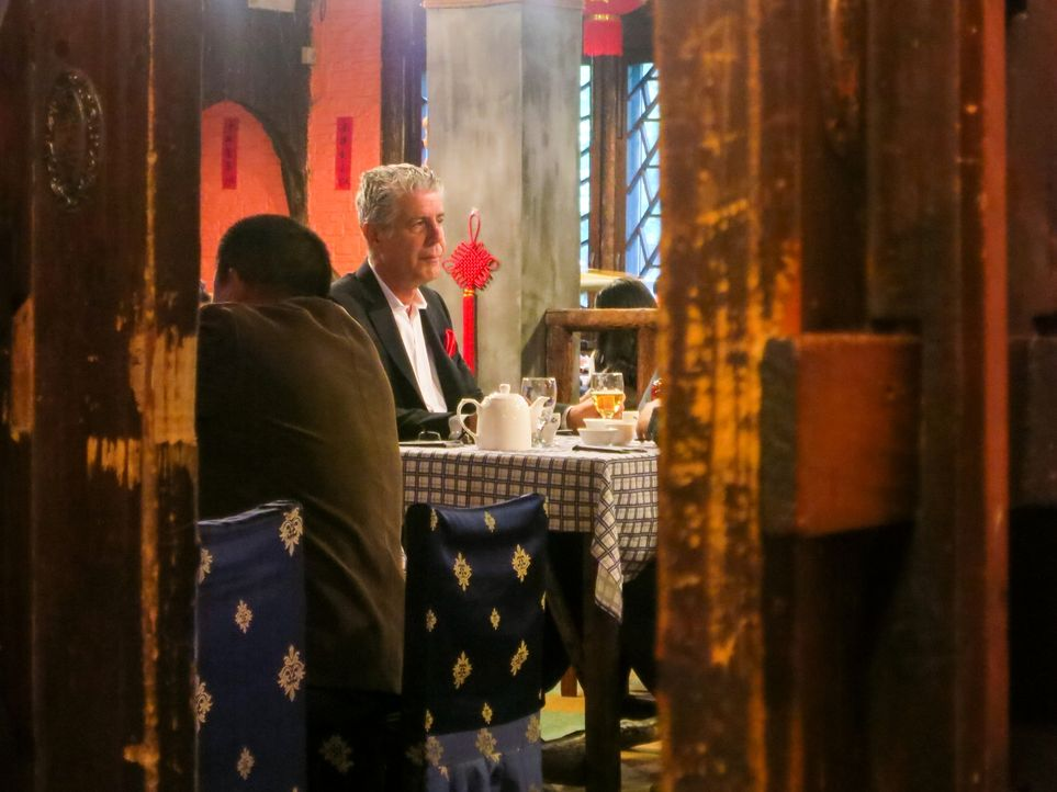 Ein neues kulinarisches Abenteuer wartet in Shanghai auf Anthony Bourdain ... - Bildquelle: 2014 Cable News Network, Inc. A TimeWarner Company All rights reserved