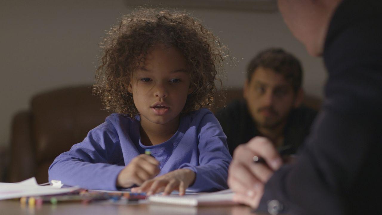 Nach dem Mord an ihrer Mutter Darlene behauptet ihre fünfjährige Tochter Abby (Foto), dass sie den Mörder gesehen hat - einen Ninja. Die Polizei wei... - Bildquelle: LMNO Cable Group