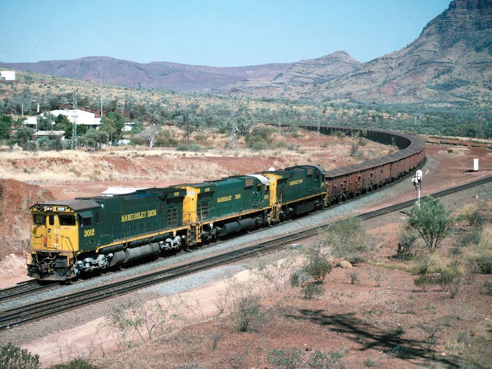 """Lokomotiven und Züge üben bis heute eine große Faszination aus - """"Moderne Wunder"""" besucht rund um den Globus einige der spannendsten Bahnen: Green F... - Bildquelle: Photos.com"""