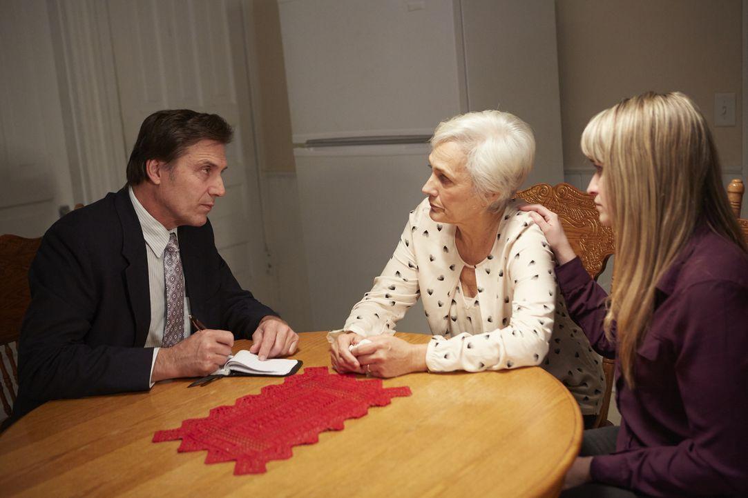 Jeden Morgen ruft der Dermatologe Dr. David Cornleet seine Frau Aileen an, u... - Bildquelle: Arrow International Media