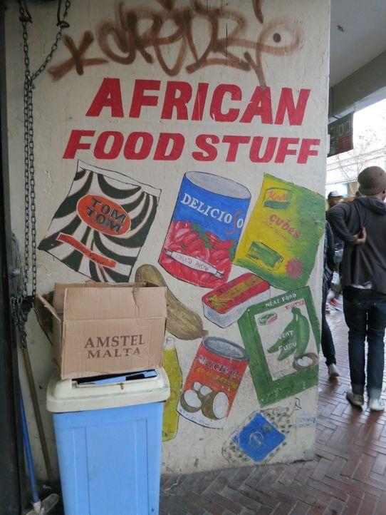 Südafrika ist der nächste Stopp von Anthony Bourdain. Dort möchte er erfahren, welche Spuren die Apartheid hinterlassen hat und wie die Menschen leb... - Bildquelle: 2013 Cable News Network, Inc. A TimeWarner Company. All rights reserved.