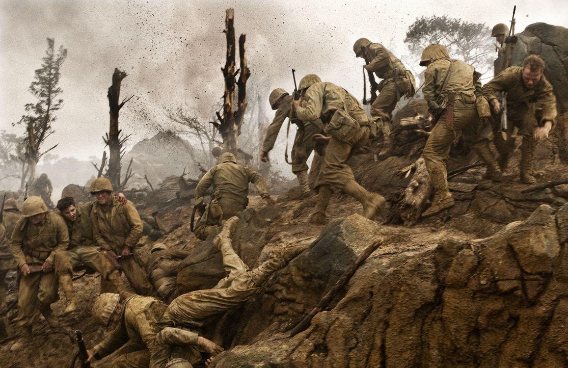 Im Verlauf der Schlacht um Okinawa starben mehr als zwei Drittel der japanischen Verteidiger, auch unter der Zivilbevölkerung und auf amerikanischer... - Bildquelle: Home Box Office Inc. All Rights Reserved.
