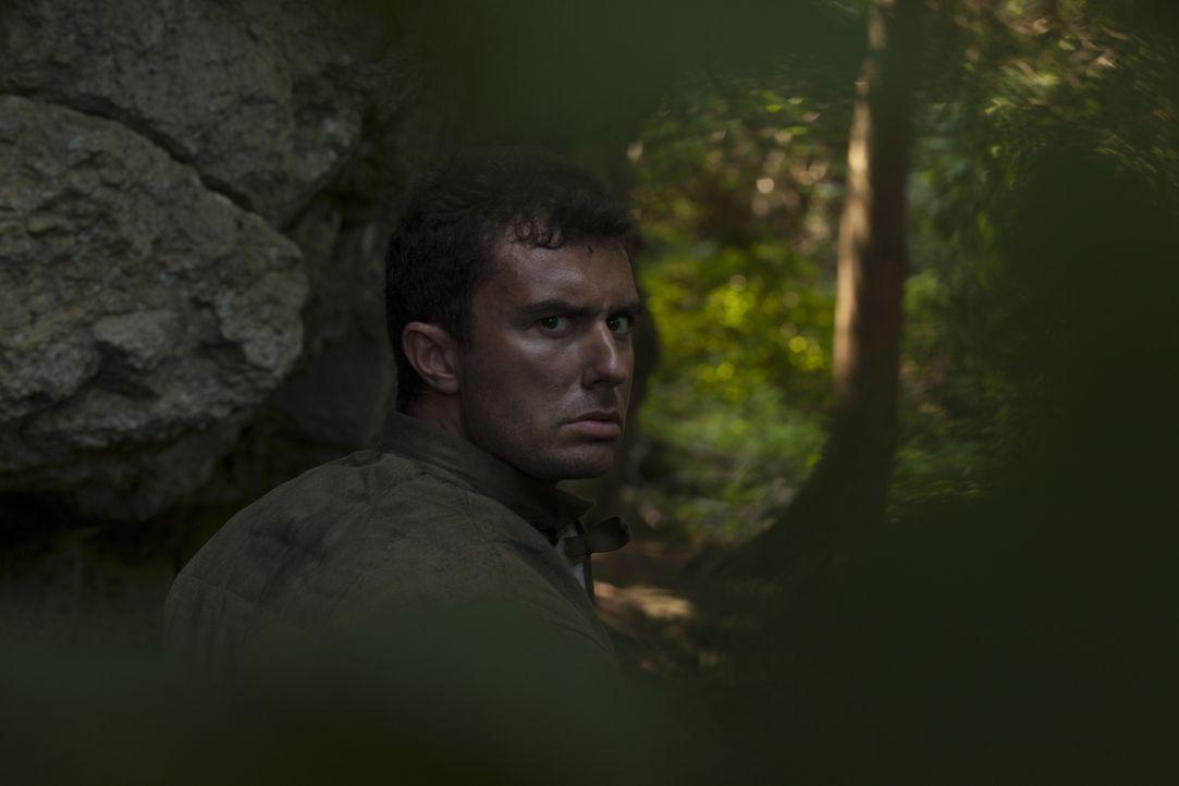 Auf den russischen Soldaten Viktor Leonov (Reg Taylor) geht der einzigartige Kampfstil der russischen Spezialeinheit Speznas zurück. - Bildquelle: DHH Productions Inc.