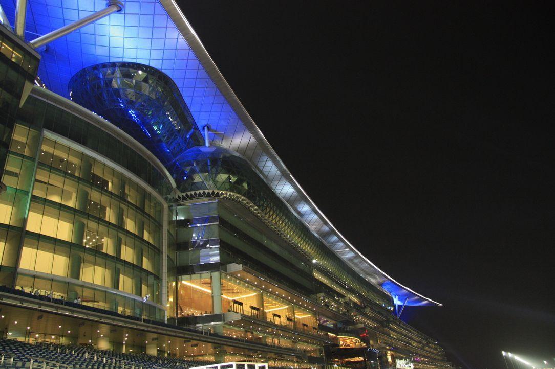 Der Meydan Racecourse gehört zweifellos zu den beeindruckendsten Rennstrecken der Welt. Auf ihm befinden sich zwei Rennbahnen, ein Fünf-Sterne-Hotel... - Bildquelle: 2010 NGC Network International,  LLC All rights reserved.