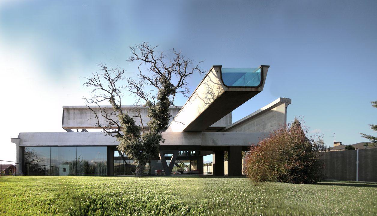 Würfel-Haus und Skorpion-Haus - Bildquelle: 2012, HGTV/Scripps Networks, LLC. All Rights Reserved