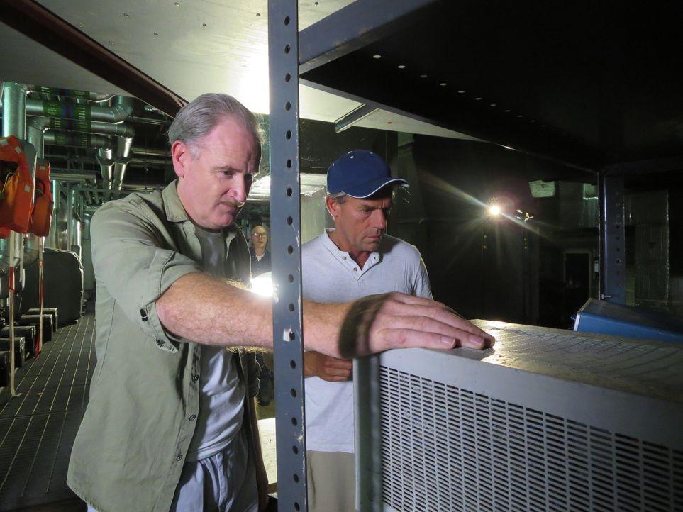 """Haben sie den Beweis für die bibilische """"Sintflut"""" gefunden? Die zwei Meeresforscher Walter Pitman (l) und Bill Ryan (r.) ... - Bildquelle: Sandrine 2014 WORLD MEDIA RIGHTS LIMITED"""