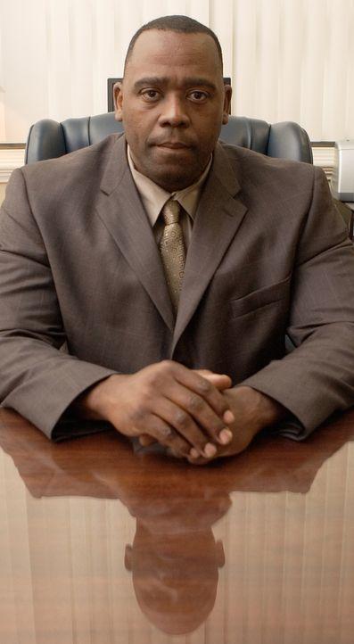 Alles im Georgia State Diagnostic and Classification Prison untersteht seiner Leitung: Gefängnisdirektor Hilton Hall ... - Bildquelle: Derek Bell part2 pictures