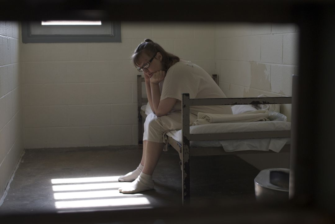 Eileen Rose in ihrer Zelle ... - Bildquelle: Alexandra Meistrell 2010 NGC Network US, LLC All Rights Reserved