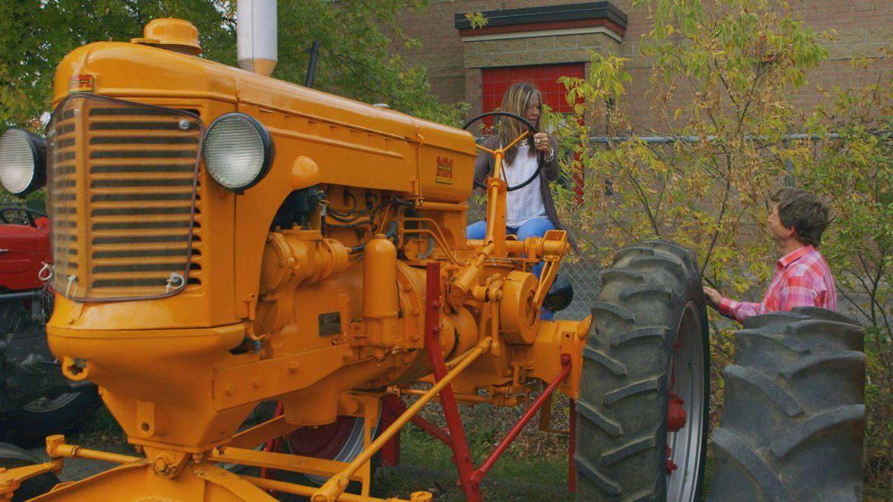 Traktoren, überall Traktoren - Bildquelle: Productions Pixcom Inc.