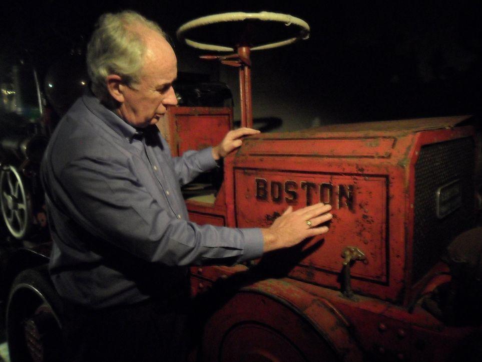 Geheimnisvoll: Don Wildman auf den Spuren eines antiken Feuerwehrautos, das in Verbindung mit einer außergewöhnlichen industriellen Katastrophe steh... - Bildquelle: MMXI The Travel Channel, L.L.C.